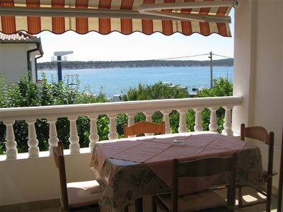 Photo for 1BR Apartment Vacation Rental in Barbat, Kvarner Bucht