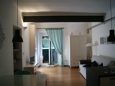 Photo for Charming apartment in the Palace of the '600 in the historical center