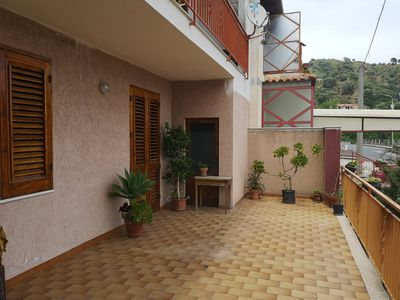 "Photo for ""Pupo"" Apartment with terrace overlooking the sea"