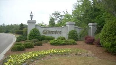 Entrance to Barefoot Resort