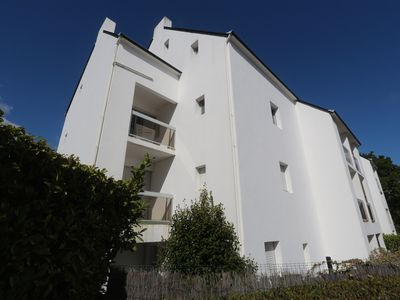 Photo for BENODET, Apartment overlooking the cove of Penfoul, near coastal paths