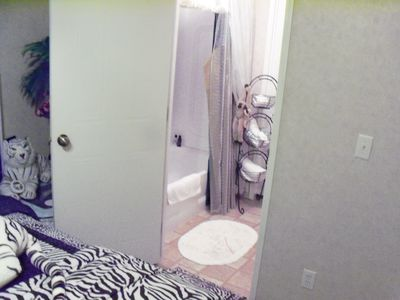 Tiger Room attached Full  Private Bathroom
