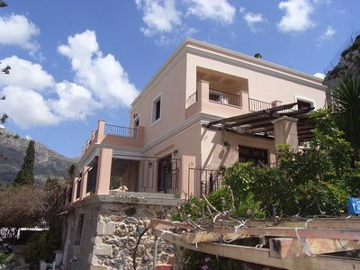 Photo for Lovely villa with pool and spa near the beach- ΕΣΛ-1468Κ920Α0389001