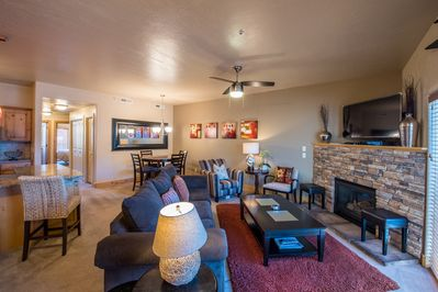 Main living room with the perfect furnishings. Gas fireplace and 50 in 4k TV