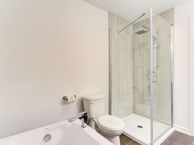 Photo for Corporate Stays | Apogee | Modern 1BR