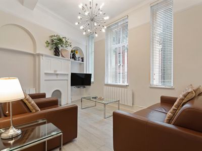 Photo for 2 Bed Duplex in Heart Of Marylebone / Bond St