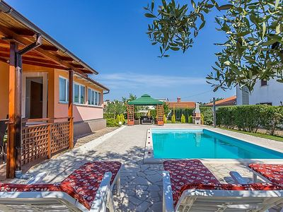 Photo for Vacation home Casa MAJOLI in Pula - 7 persons, 3 bedrooms