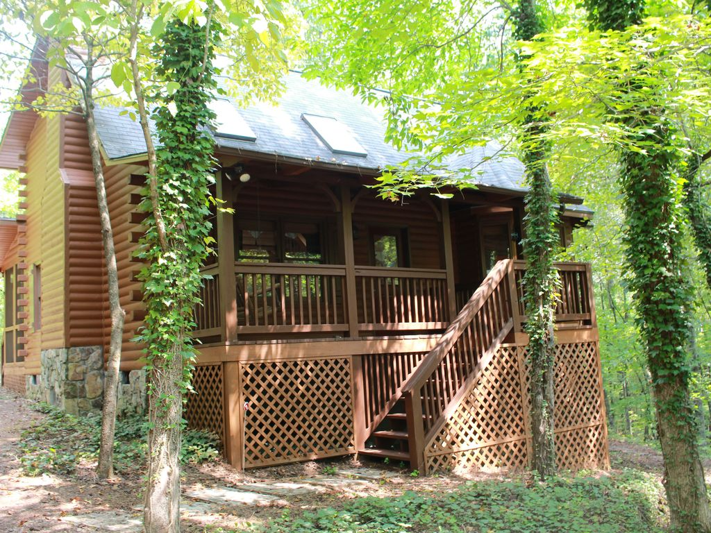 Beautifully Furnished Cabin In Pine Mountain VRBO