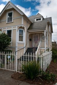 Photo for Gorgeous Upper Flat in Historic Berkeley Queen Anne Duplex