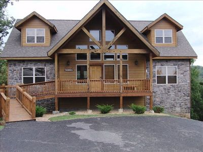 Log & Rock Cabin..Ramp Entry with No Stairs. Off Road Parking for this Home Only