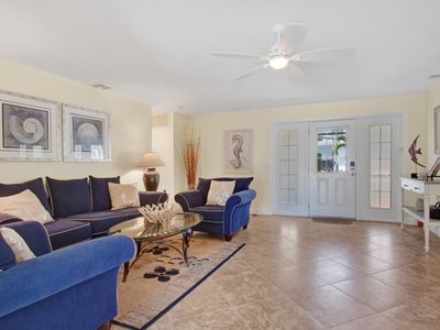 Photo for Sea Horse In walking distance to Cape Coral Yacht Club and Cape Coral Beach