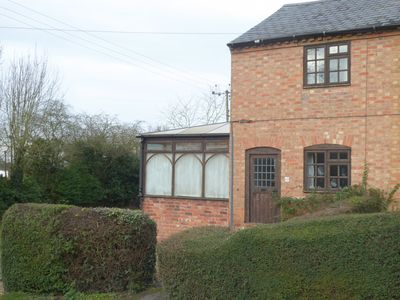 Photo for Rose Cottage, a comfortable cottage with Wifi close to Stratford on Avon