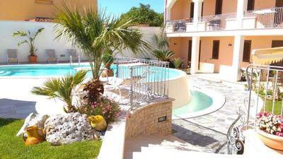 Photo for Vignali Family Room 3 bed & breakfast with pool view