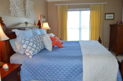 Master BR with King Bed, TV, Ceiling Fan, w/ Marsh View and Full Bath