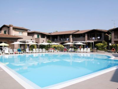 Photo for Apartment Lugana Marina (SIR451) in Sirmione - 5 persons, 1 bedrooms