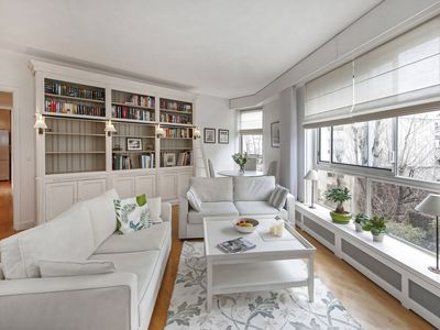 Photo for Apartment with shared fitness room/sauna- swimming pool- Saint Germain des Près