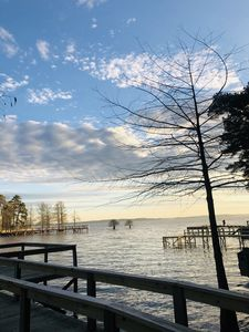 Lakescape getaway on Toledo bend waterfront