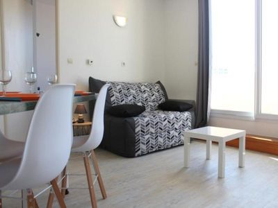 Photo for Apartment La Rochelle, 1 room, 3 persons