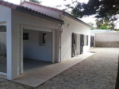Photo for Holiday house Between the sea at 50m and the pine forest
