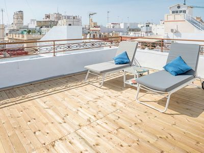 Photo for Air-Conditioned Apartment with Great Location, Wi-Fi, and Private Rooftop Terrace with Spectacular Views ; Pets Allowed