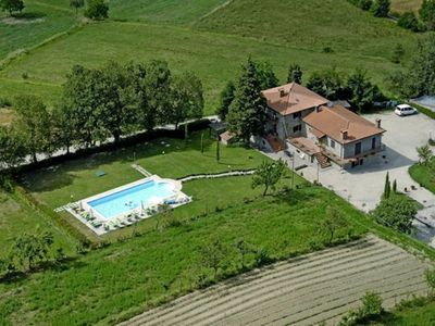 Photo for 2BR Apartment Vacation Rental in Caprese Michelangelo, Tuscany