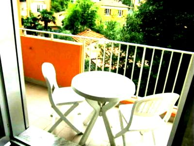 Photo for Nice studio furnished in peace, close to the beaches, trade, stations