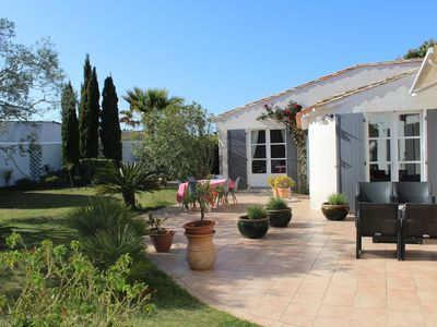 Photo for Villa Ile de Ré - 5 minutes from the beach (on foot), the village and the market (by bike)