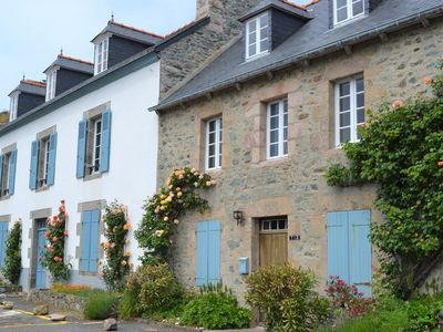 Photo for Charming 19th century house on the port of Dahouet (3 *)