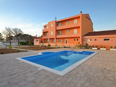 Photo for One bedroom Apartment, sleeps 4 in Privlaka with Pool, Air Con and WiFi