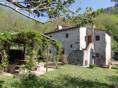 Photo for Spacious villa in the typical countryside of Tuscany, tranquillity and peace