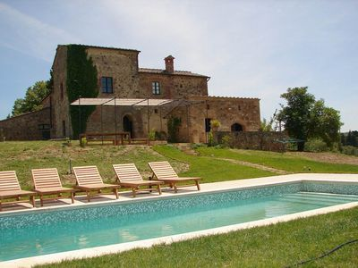 Photo for Beautiful villa with pool, terrace, sun and relaxation