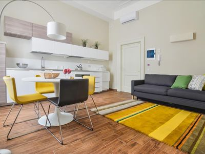 Photo for Vivacious 1bdr apt in great location