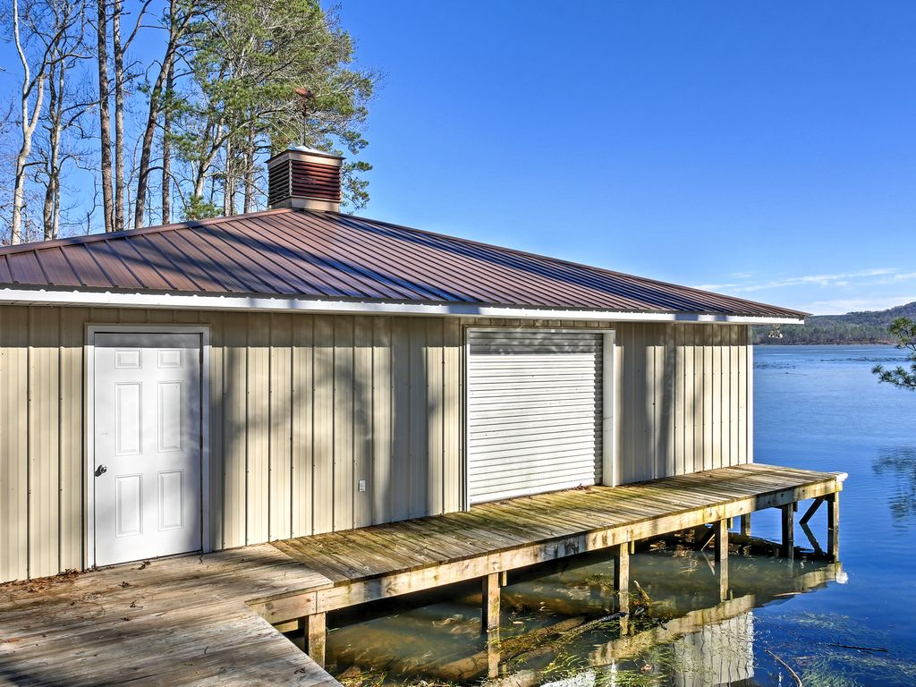 Paradise Cove Lakeside Guntersville Cabin W Patio