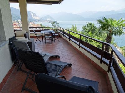 Photo for Vista Lago in centre of Stresa, large terrace, sweeping view of lake, WiFi, A/C