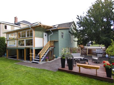 Photo for Charming Family House Downtown Victoria - kids under 5 yrs old stay for free!