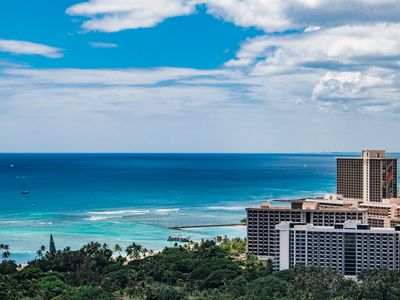 Photo for Huge Penthouse Condo in Heart of Waikiki, sleeps 12, Wifi, Washer&Dryer