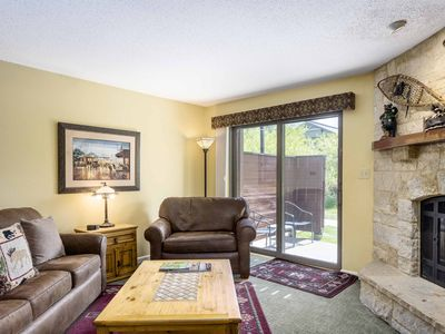 Photo for Charismatic condo w/ shared sauna, pool, hot tubs, clubhouse & winter shuttle