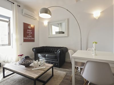 Photo for Apartment 160 m from the center of Barcelona with Internet, Lift, Balcony, Washing machine (689423)
