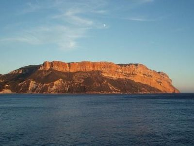 Photo for Apartment in Cassis in a villa - directly on the water for 8 persons