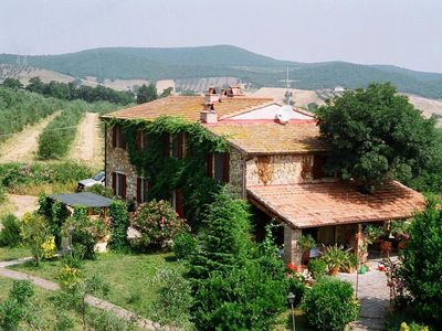Photo for Beautiful  villa for 4 guests with WIFI, pets allowed and parking