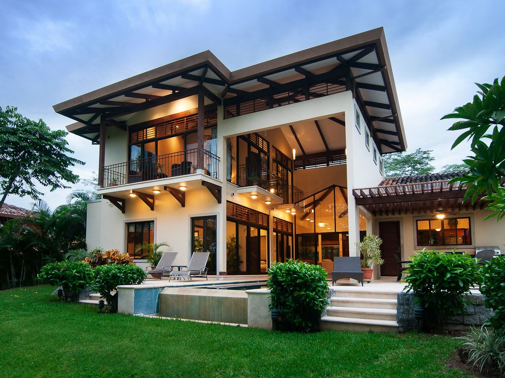 An Exquisite Villa on the Golf Course  in Reserva Conchal