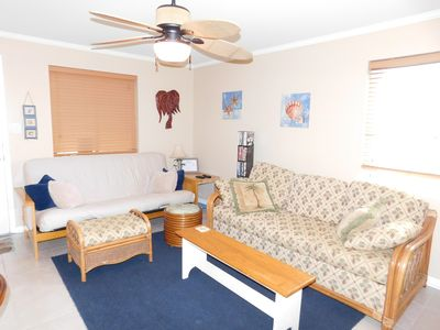 Photo for Silver Shell, 2 Bedrm, Oceanblock, Steps from the Beach