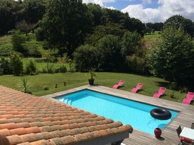 Photo for Large architect villa, 5 minutes from Saint Jean de Luz, heated pool ... 5 ch