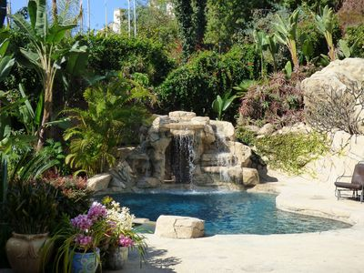 Photo for Tropical Retreat: Salt Water Pool, Waterfall, Spa, Natural Caves!