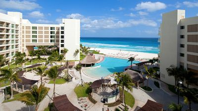 Photo for Westin Cancun Lagunamar Resort, March 25-31, Premium Studio Villa