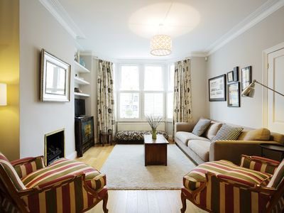 Photo for 5BR Apartment Vacation Rental in London
