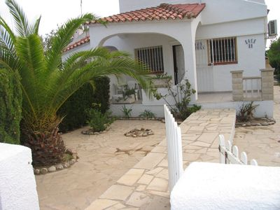 Photo for Nice house with parking 50 meters from the beach Riumar