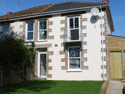 Photo for Trelawn - central Porthleven, parking & garden. Ideal for families or couples