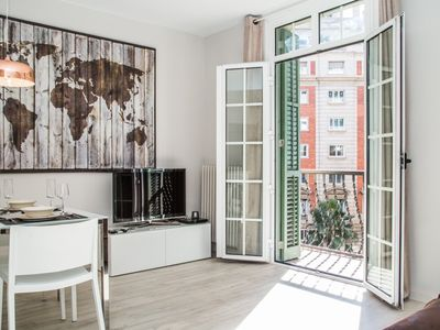 Photo for Apartment in Barcelona with Air conditioning, Lift, Parking, Washing machine (467114)