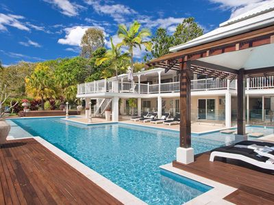 Photo for The Lake House - 15mins from Noosa
